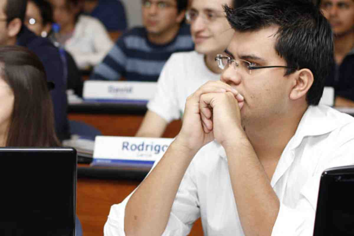 Clase Modelo Prof. Carlos Rodriguez PhD. Nicaragua