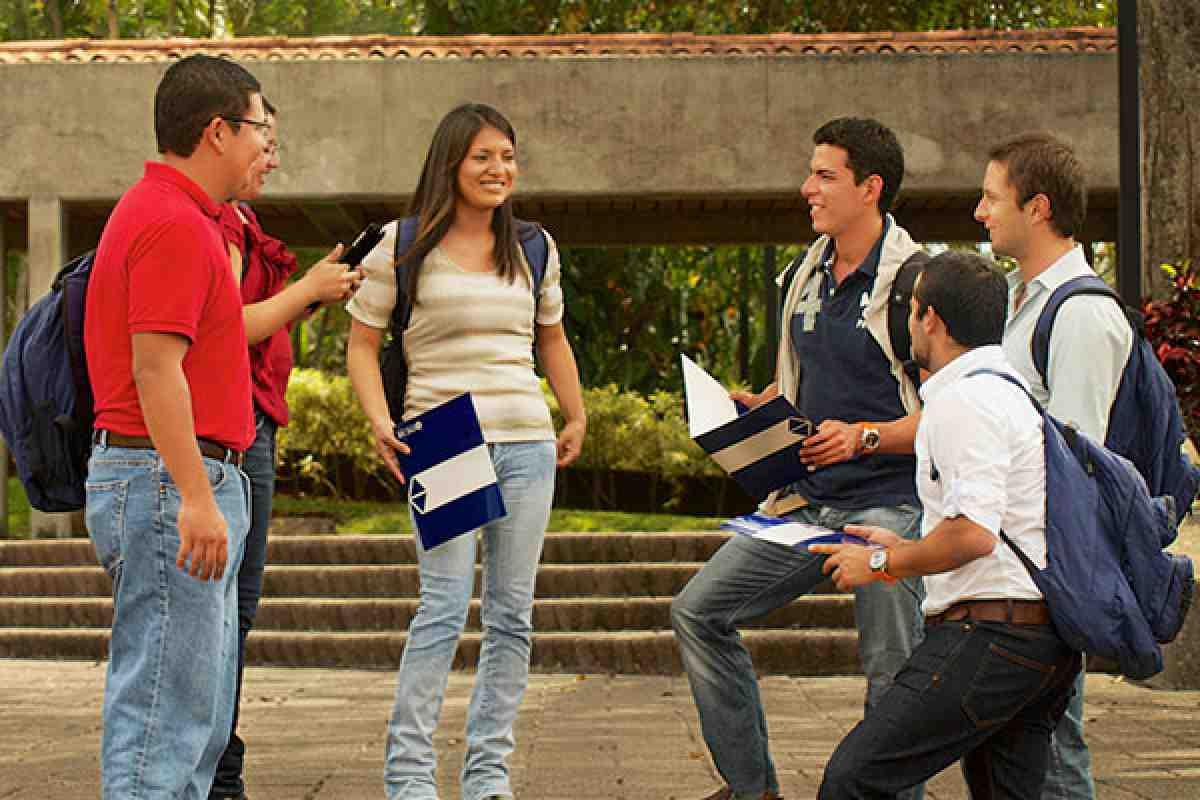 Feria Internacional de Oportunidades de Estudio UCAB 2015