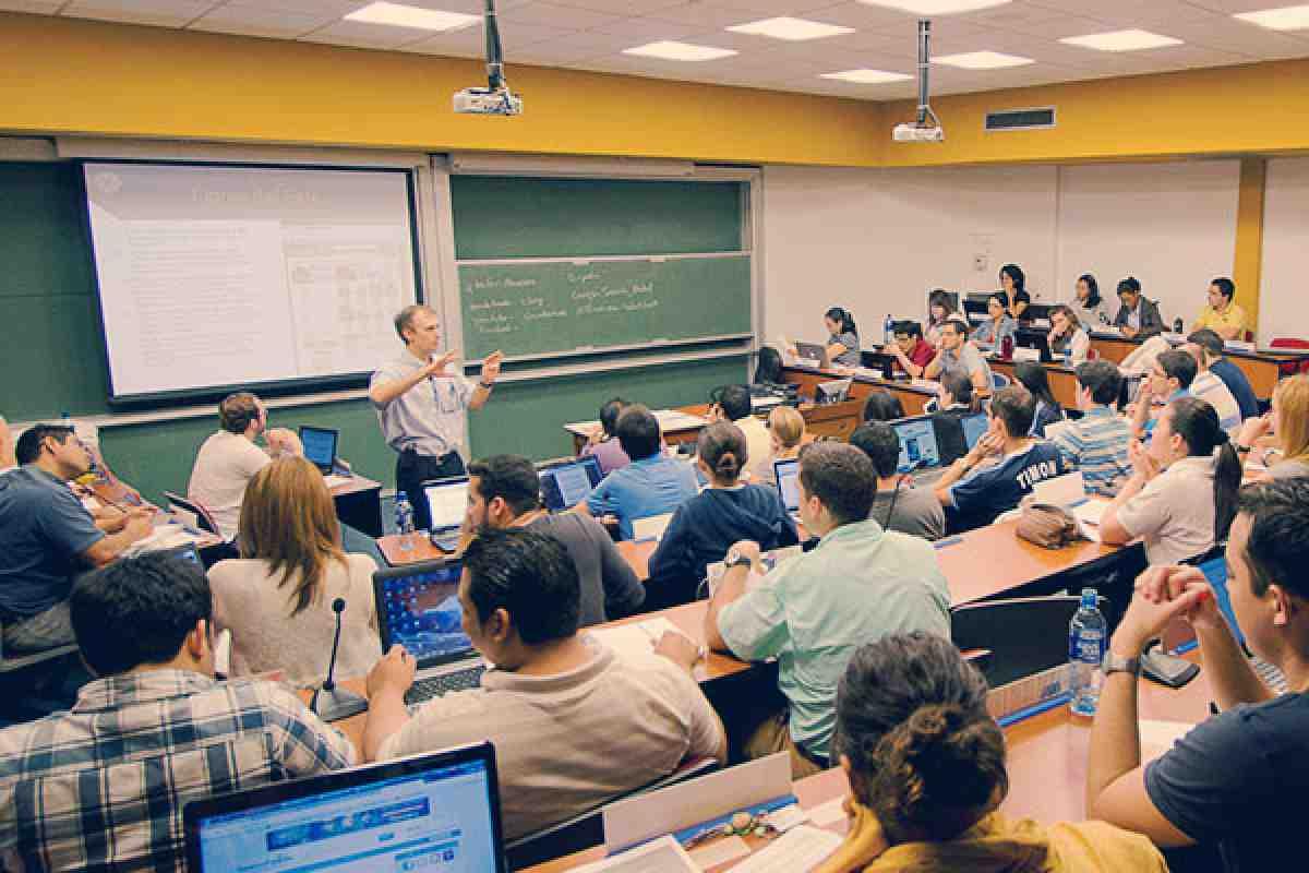 Sesión informativa MBA, Guayaquil, Ecuador