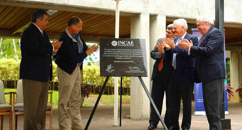 INCAE inicia las obras para su nueva residencia del Centro de Desarrollo Ejecutivo de la mano del Presidente de Costa Rica