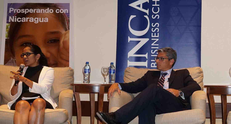 Profesor Nicolás Marín realizó conferencia