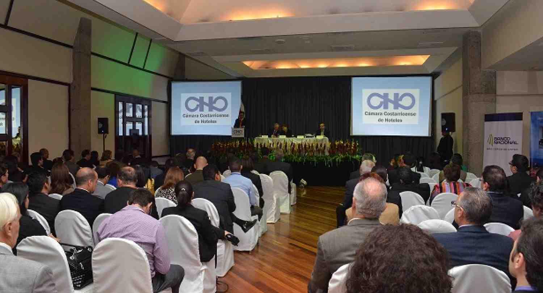 Director de CLACDS impartió conferencia sobre competitividad en Congreso de Hotelería de Costa Rica