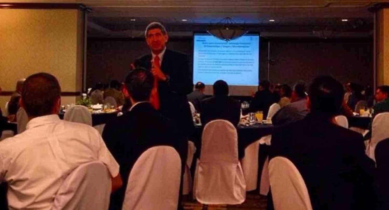 Evento en Guatemala, Arturo Condo, Rector de INCAE