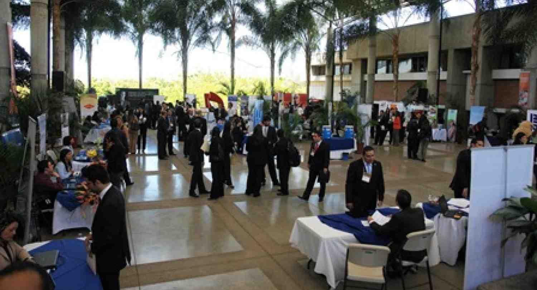 Feria de Talento Profesional de INCAE