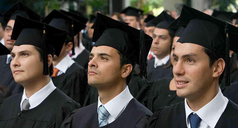 Beltran Macchi Salin of Paraguay is the new INCAE Business School Distinguished Graduate of 2014