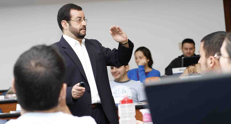 Prof. Luis Noel Alfaro