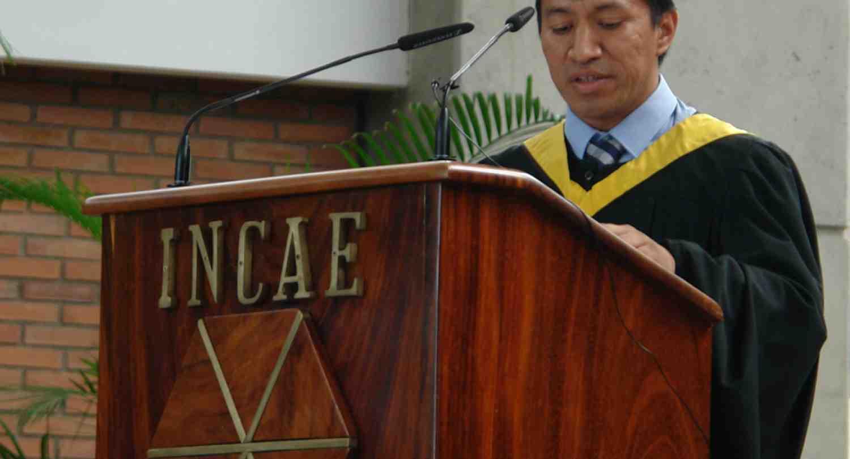 INCAE gradúa 109 nuevos líderes comprometidos con el desarrollo de la región