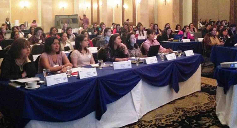 Potenciando el Liderazgo en las Mujeres: La importancia crítica en sus habilidades de persuasión y negociación