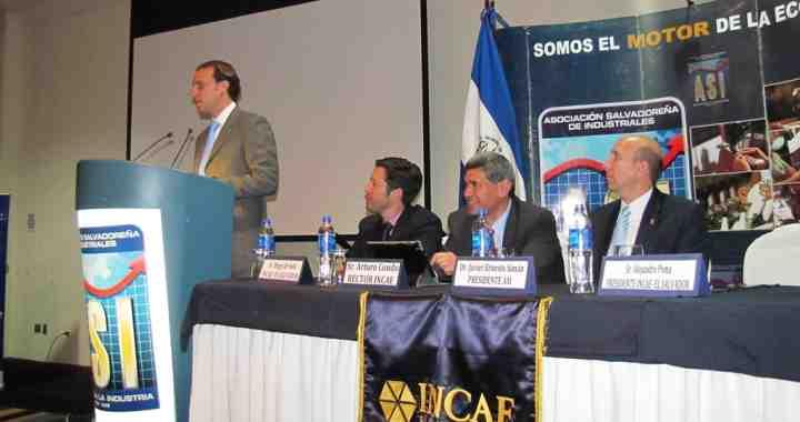 INCAE signs an agreement with Salvadoran Industrial Association
