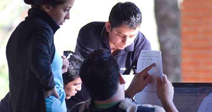 Estudiantes de INCAE a prueba en once países